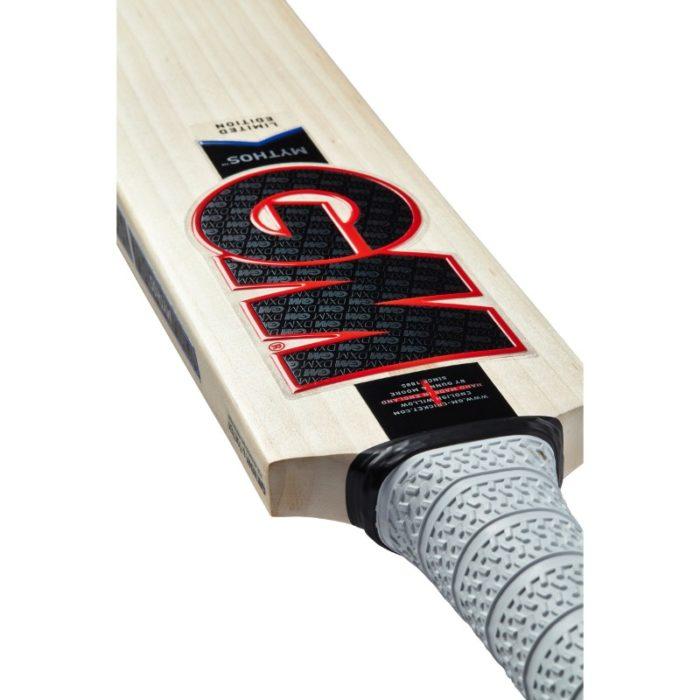 Gunn and Moore Mythos DXM 909 Cricket Bat
