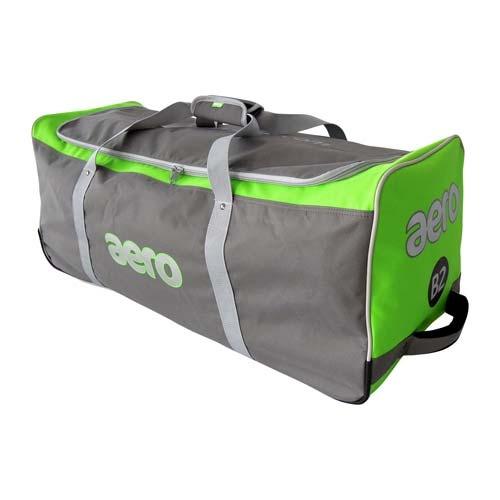 Aero B2 Cricket Bat and Kit Bag