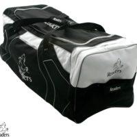 Readers Team Wheelie Cricket Bag